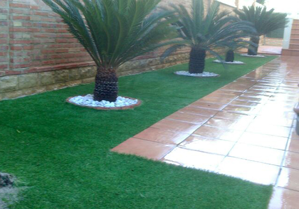 C sped artificial for Jardines grandes diseno